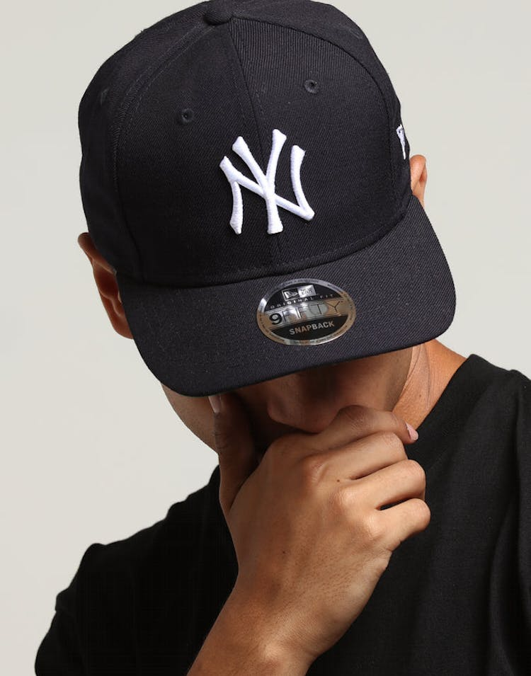 3fa232995f1ad New Era New York Yankees 9FIFTY Original Fit Precurved Snapback Navy –  Culture Kings
