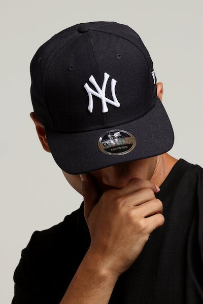 b39e5b03d92 New Era New York Yankees 9FIFTY Original Fit Precurved Snapback Navy