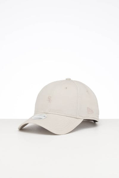 New Era Women's Chicago White Sox 9FORTY Strapback Off White