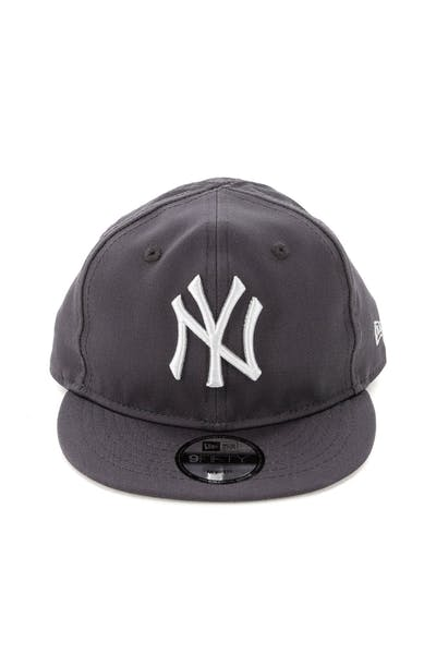 2a61dd8d360 New Era My 1st New York Yankees 9FIFTY Snapback Graphite