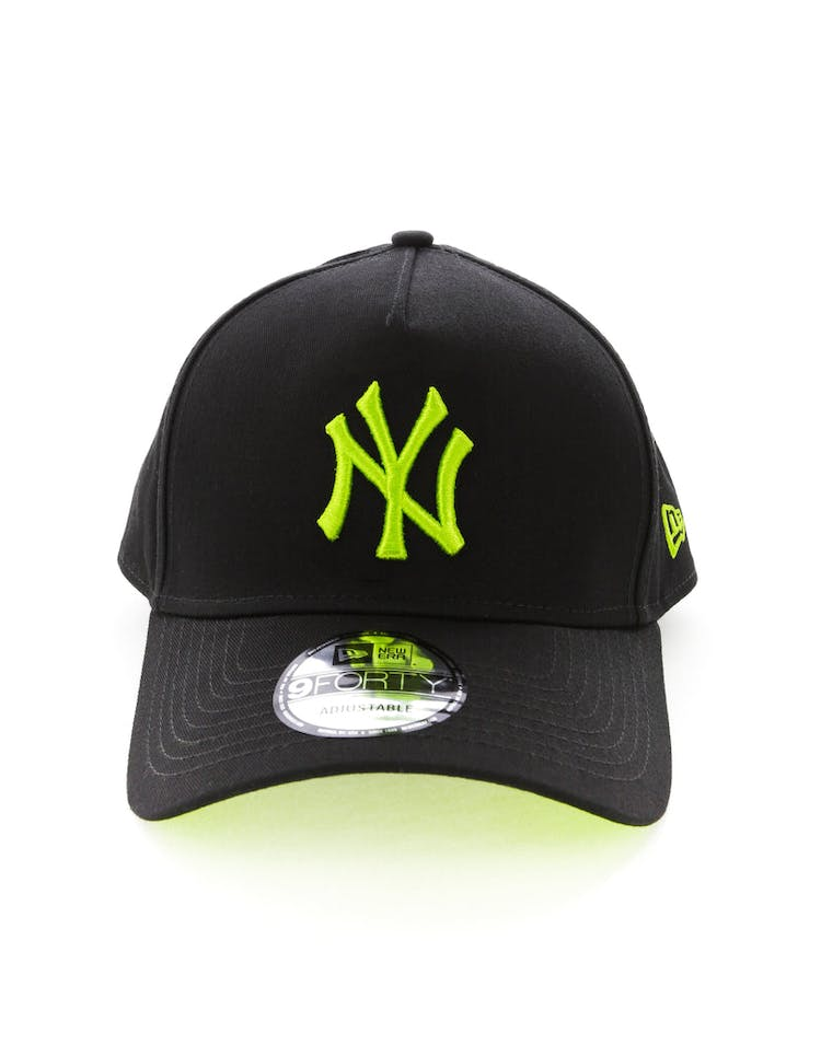 ea71c3b37 New Era New York Yankees 9FORTY A-Frame UV Snapback Black/Lime – Culture  Kings
