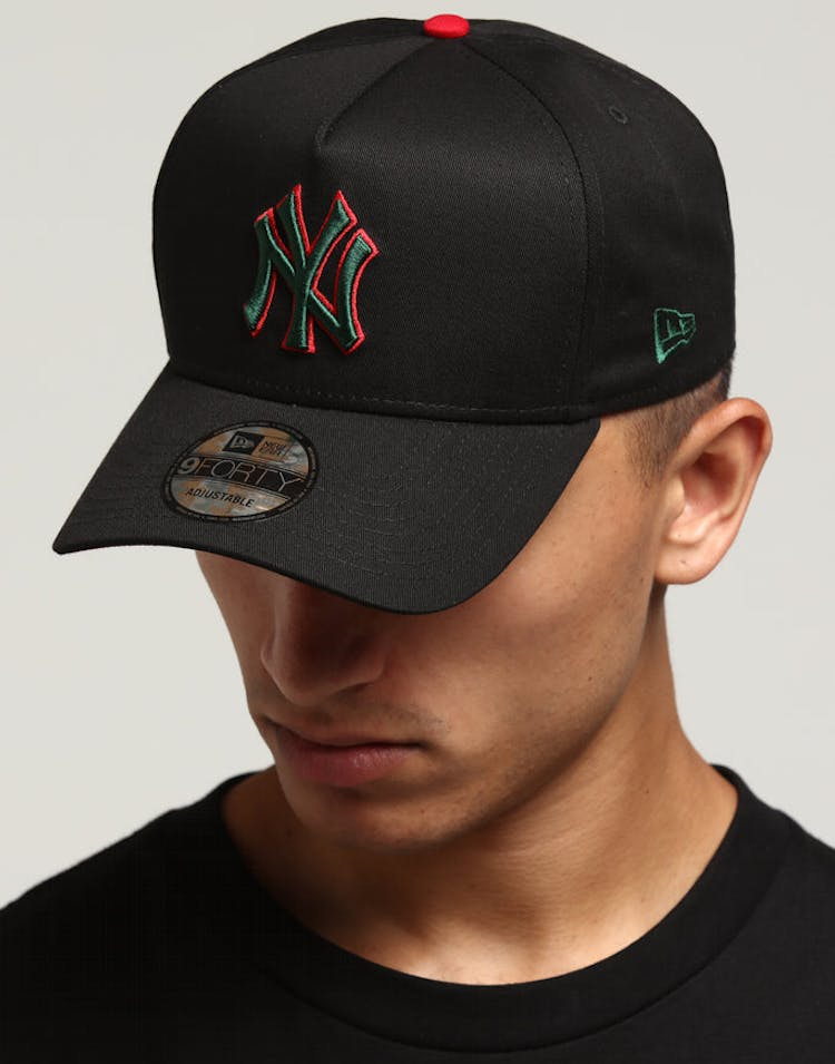 8383632e New Era New York Yankees 9FORTY A-Frame Snapback Black/Green/Red – Culture  Kings