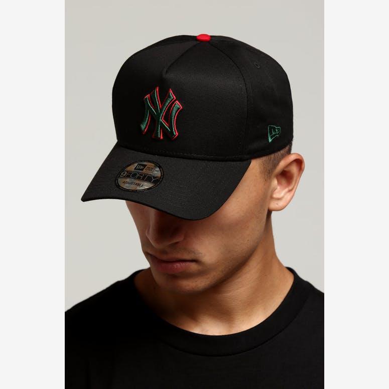 c1038398b57 New Era New York Yankees 9FORTY A-Frame Snapback Black Green Red – Culture  Kings