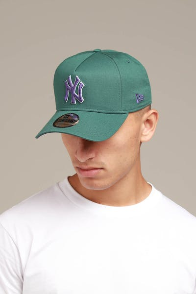 18c282bd6 New Era New York Yankees 9FORTY A-Frame Snapback Pine/Purple