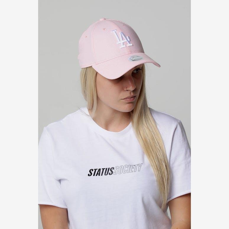 f1e11395bb2 New Era Women s Los Angeles Dodgers 9FORTY Cloth Strapback Pink Diamon –  Culture Kings