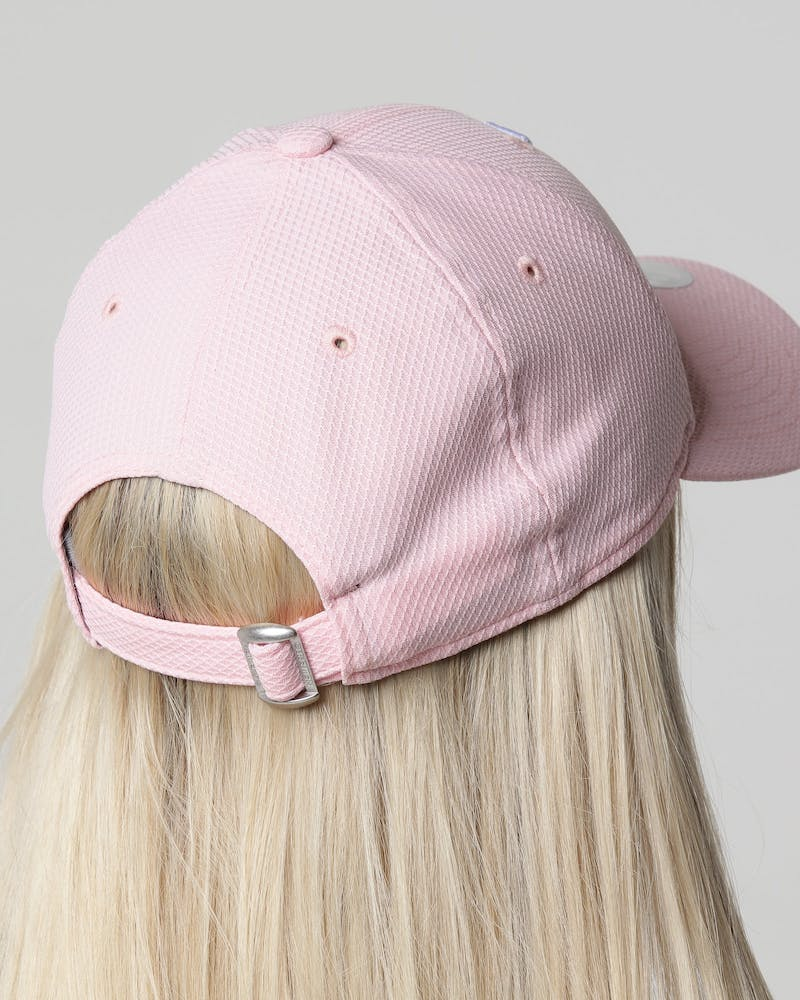 New Era Women's Los Angeles Dodgers 9FORTY Cloth Strapback Pink Diamond