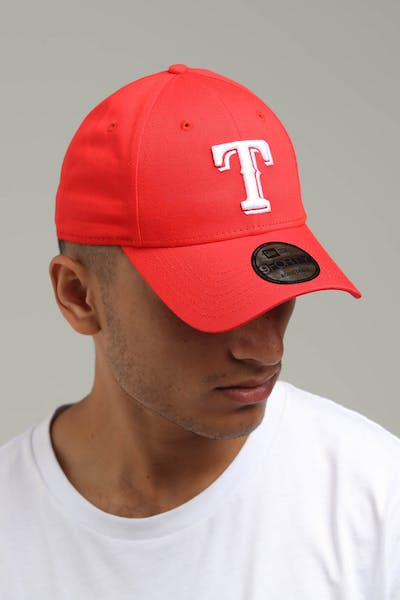 New Era Texas Rangers 9FORTY Cloth Buckle Strapback Red