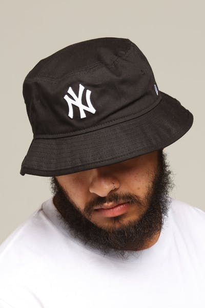 8a20c0c80e4 New Era New York Yankees Bucket Hat Black White