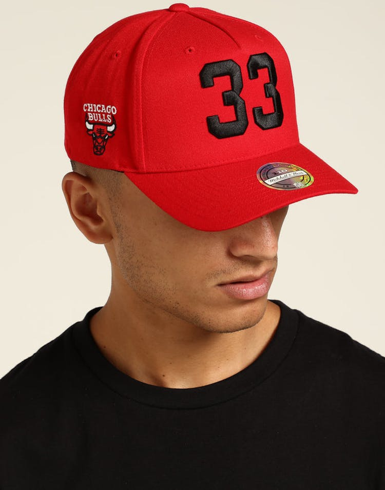 1ee35b3c8be Mitchell   Ness Chicago Bulls Scottie Pippen 110 Snapback Red White –  Culture Kings