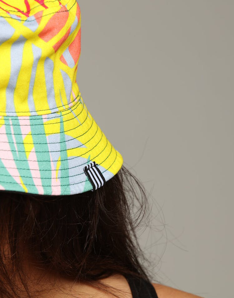 check out d3831 8b2cf Adidas Women s Floral Reversible Bucket Hat Multi-Coloured