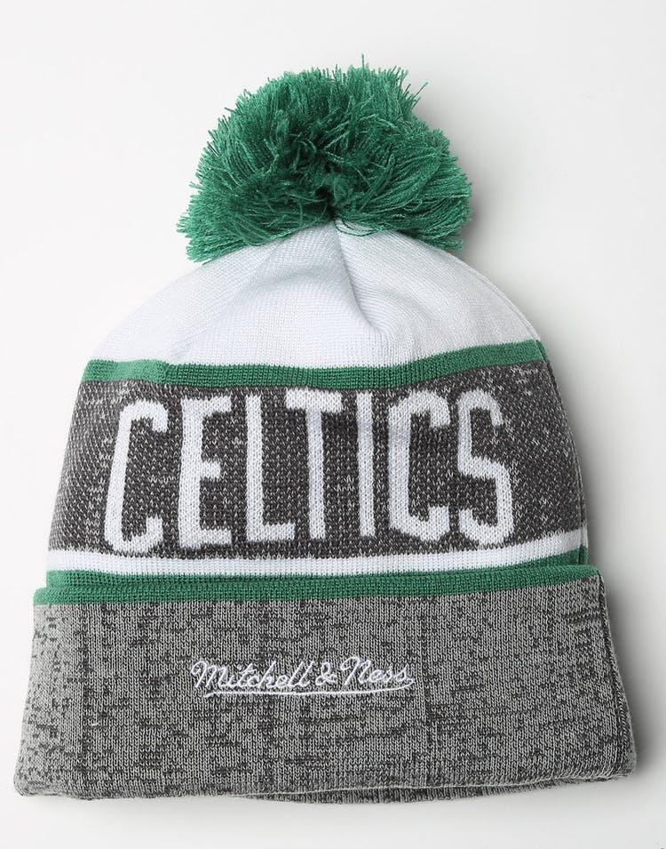 65c74bed7b7 Mitchell   Ness Boston Celtics Team Knit HWC Beanie Grey Green ...