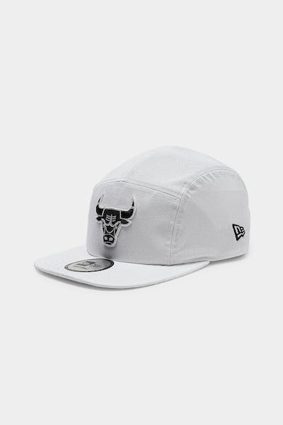 New Era Chicago Bulls Camper White/Black
