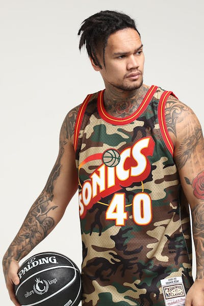 Mitchell & Ness Seattle Supersonics Shawn Kemp #40 Swingman NBA Jersey Camo
