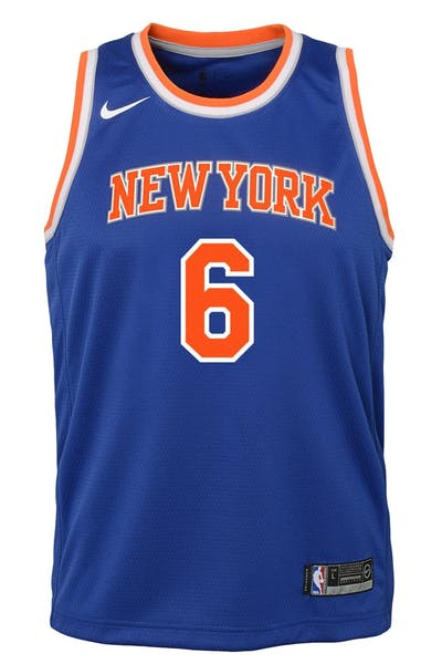b299becb1814 Nike Kids New York Knicks Kristaps Porziņģis  6 Icon Swingman NBA Jersey  Royal