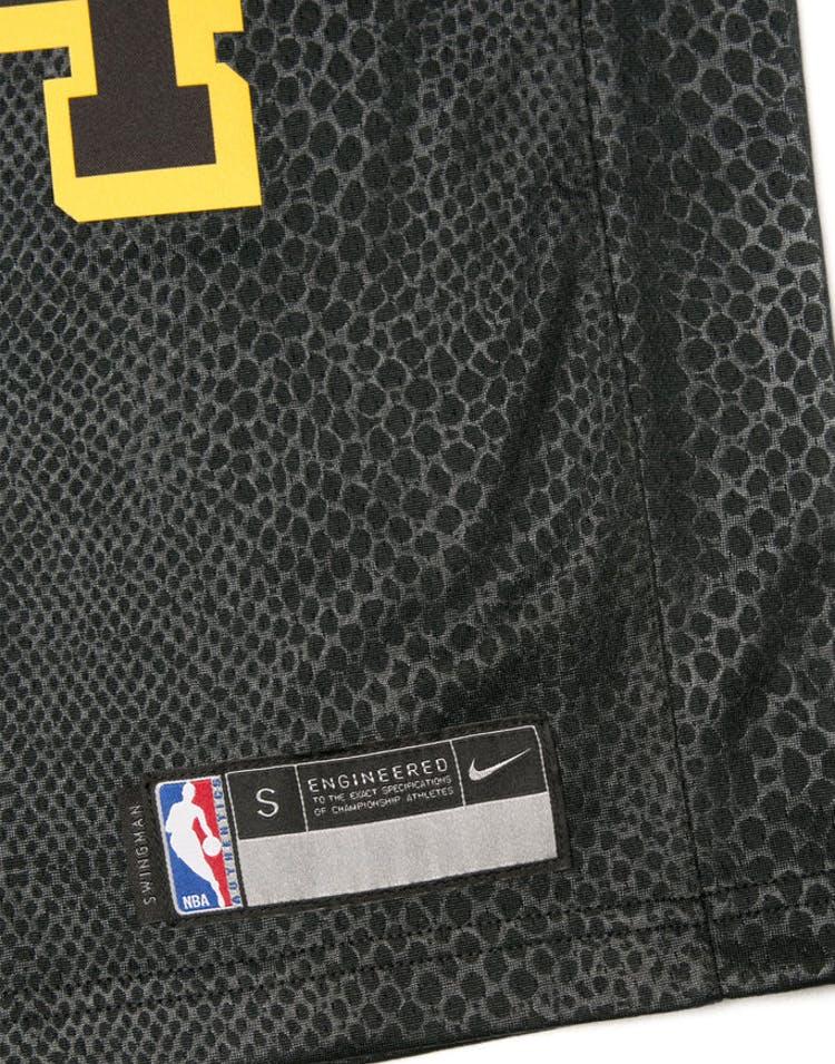 933452b1f4ed Kobe Bryant #24 Nike City Edition Youth Swingman Jersey Black ...