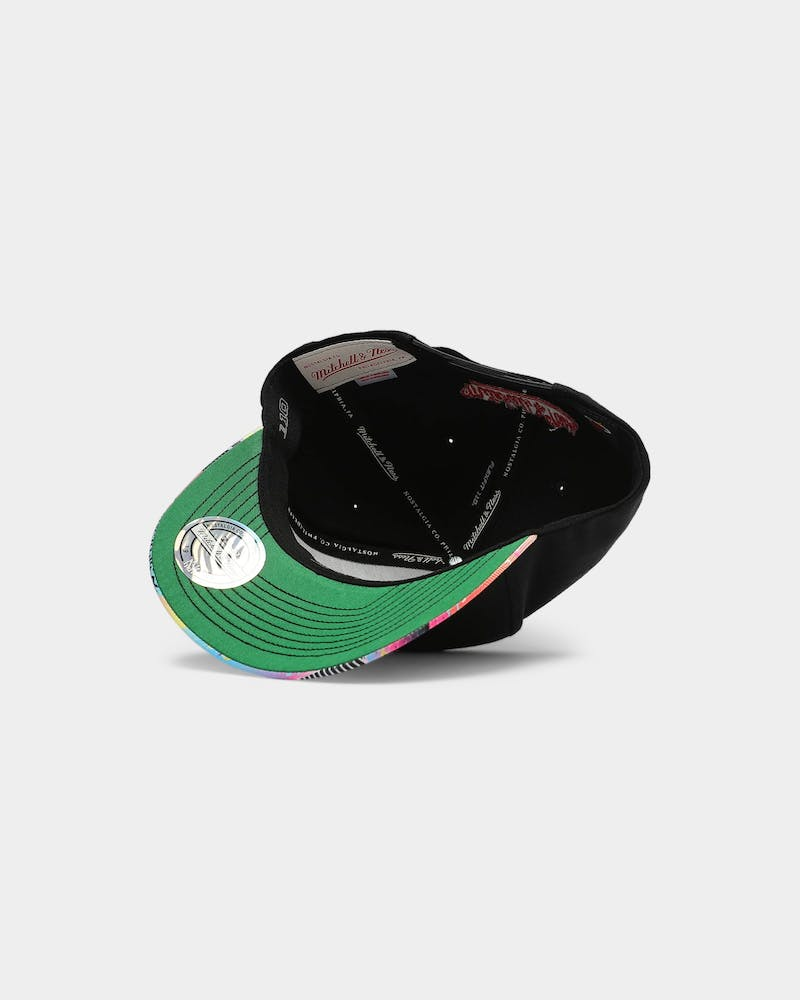 Mitchell & Ness Chicago Bulls Arcade 110 Pinch Snapback Black/Multi-Coloured