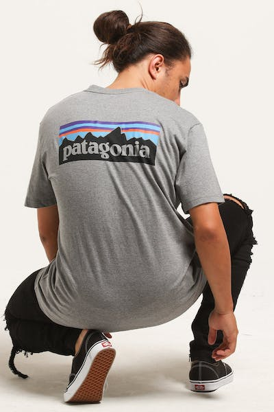 Patagonia P-6 Logo Tee Grey Heather