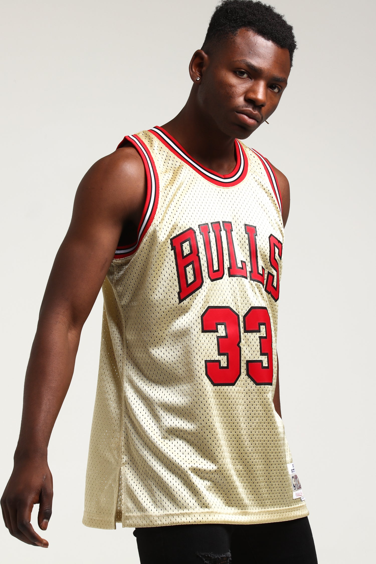 Gold Logo 96 97 Swingman Scottie Pippen #33 Chicago Bulls Stitched Jersey Stripe