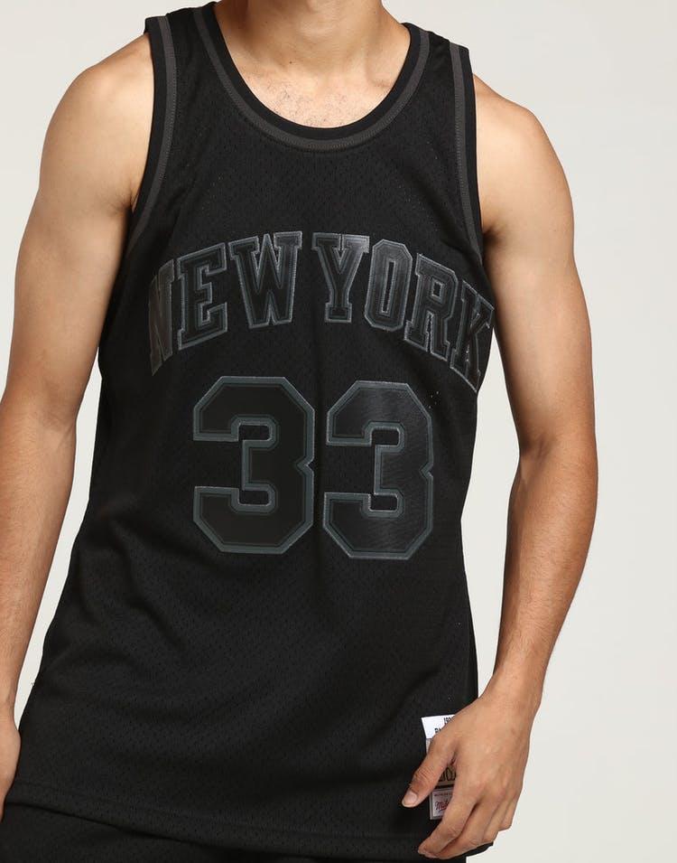 hot sale online af342 bf520 Mitchell & Ness New York Knicks Patrick Ewing #33 Swingman NBA Jersey Black