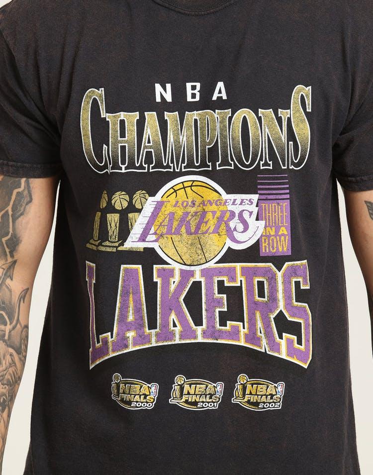 separation shoes 76505 9e32e Mitchell & Ness Kobe Bryant X Los Angeles Lakers Vintage Champ Tee Black