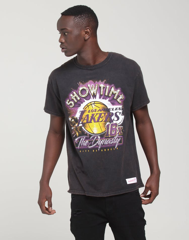 9e991f25 Mitchell & Ness | Los Angeles Lakers Vintage Champ Tee Black | Mens –  Culture Kings