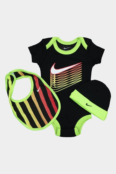 NIKE KIDS MULTI COLOURED SWOOSH 3-PIECE BOX SET BLACK