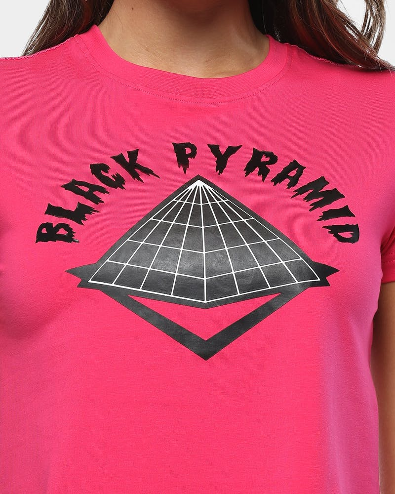 Black Pyramid Women's Drip Logo Crop Tee Pink