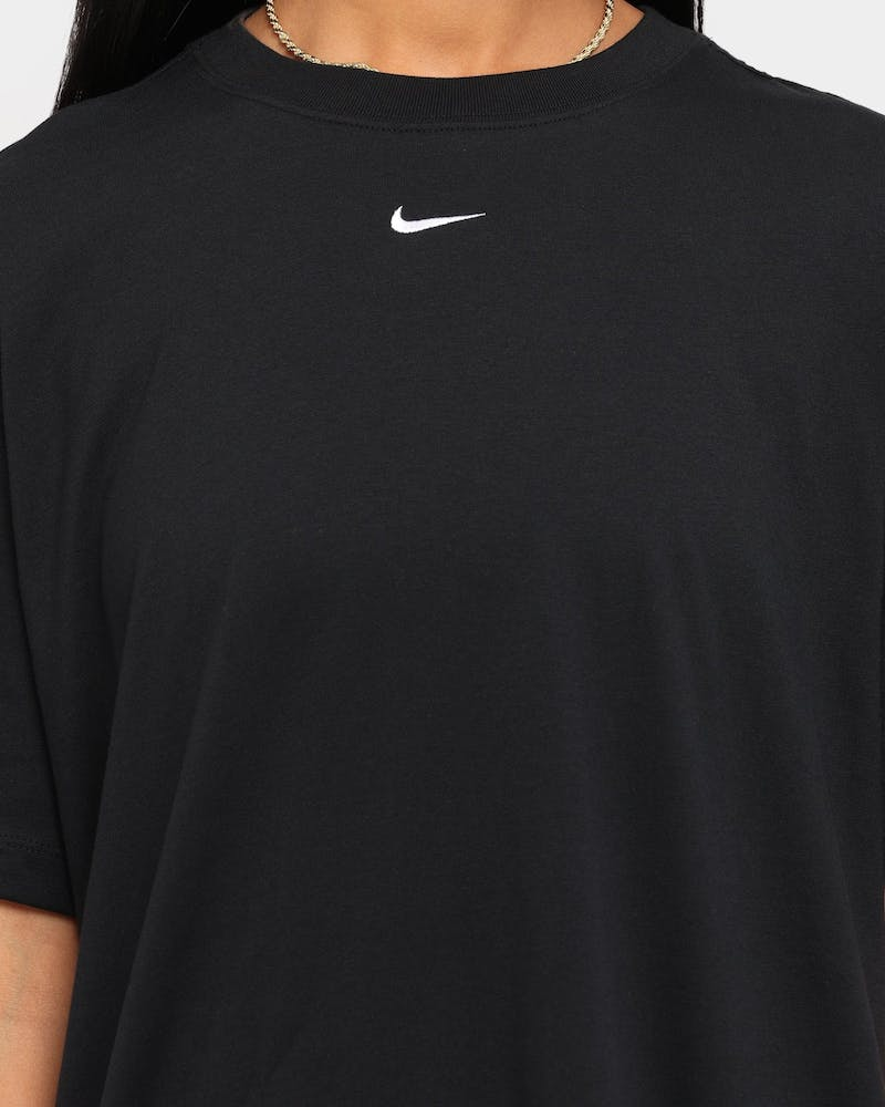 Nike Women's Nike Sportswear Essential T-Shirt Black/White