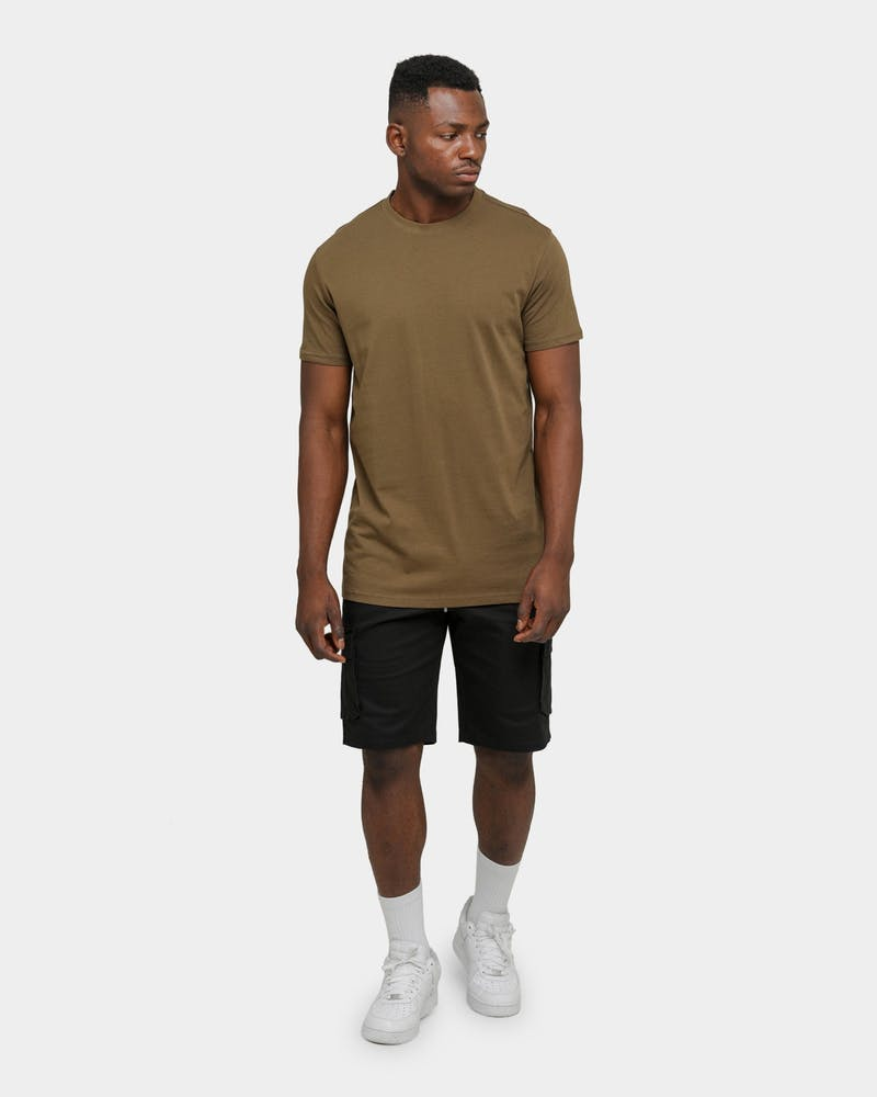 Well Made Exhibit T-Shirt Army Green