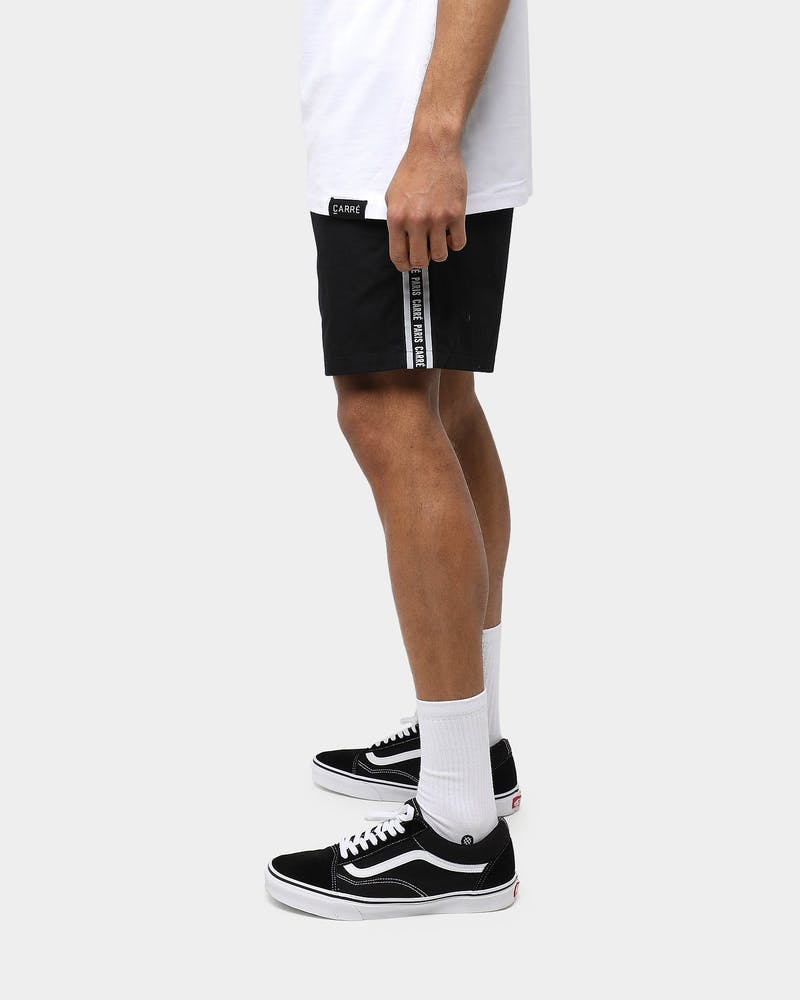 Carré Type Tape Essential Short Black
