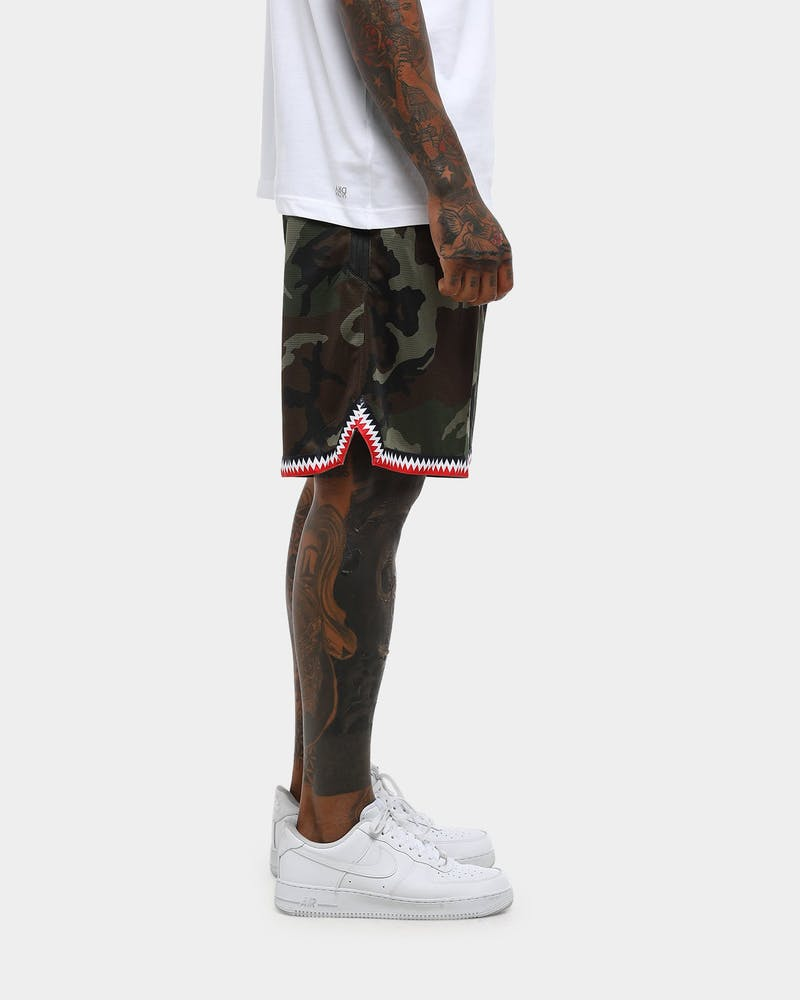 Nike Dri-Fit DNA Shorts Olive/Red