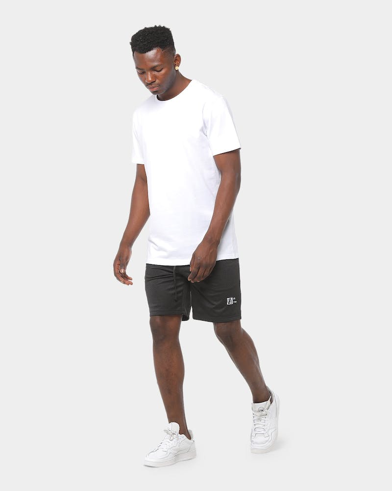Lower Snell Short Black