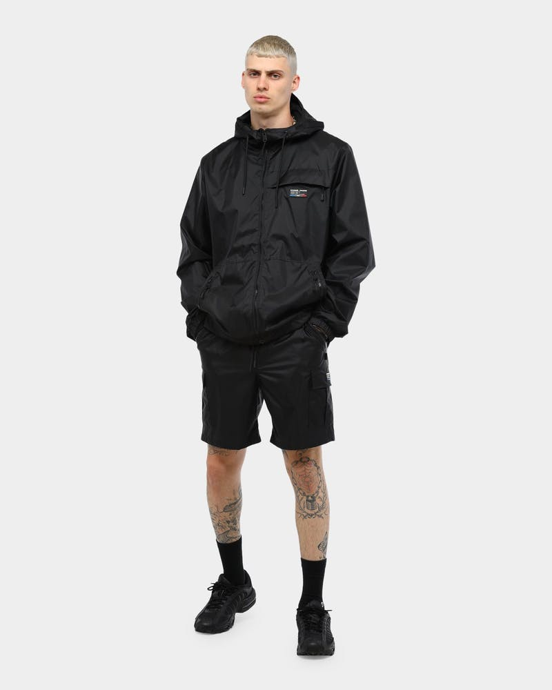 Carré Rejuvenation Cargo Short Black