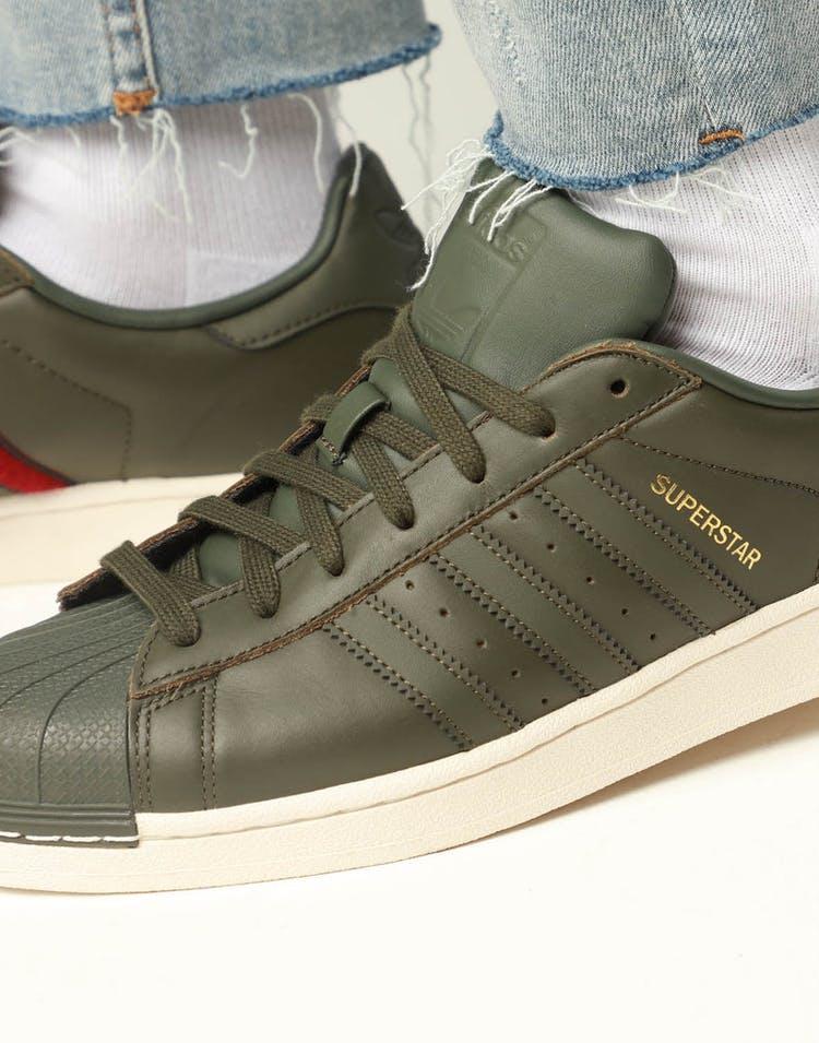lowest price f0372 cb113 Adidas Originals Superstar Dark Green/White