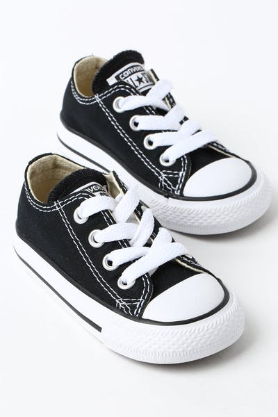 b2fcb57917aa CONVERSE INFANT CHUCK TAYLOR ALL STAR LOW TOP BLACK WHITE