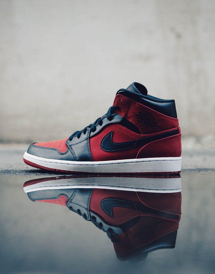 promo code e8c20 aa813 Air Jordan 1 Mid Red Black White