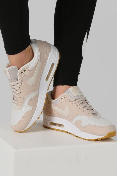 best sneakers 67297 8aedd Nike Women s Air Max 1 Sand White Gum