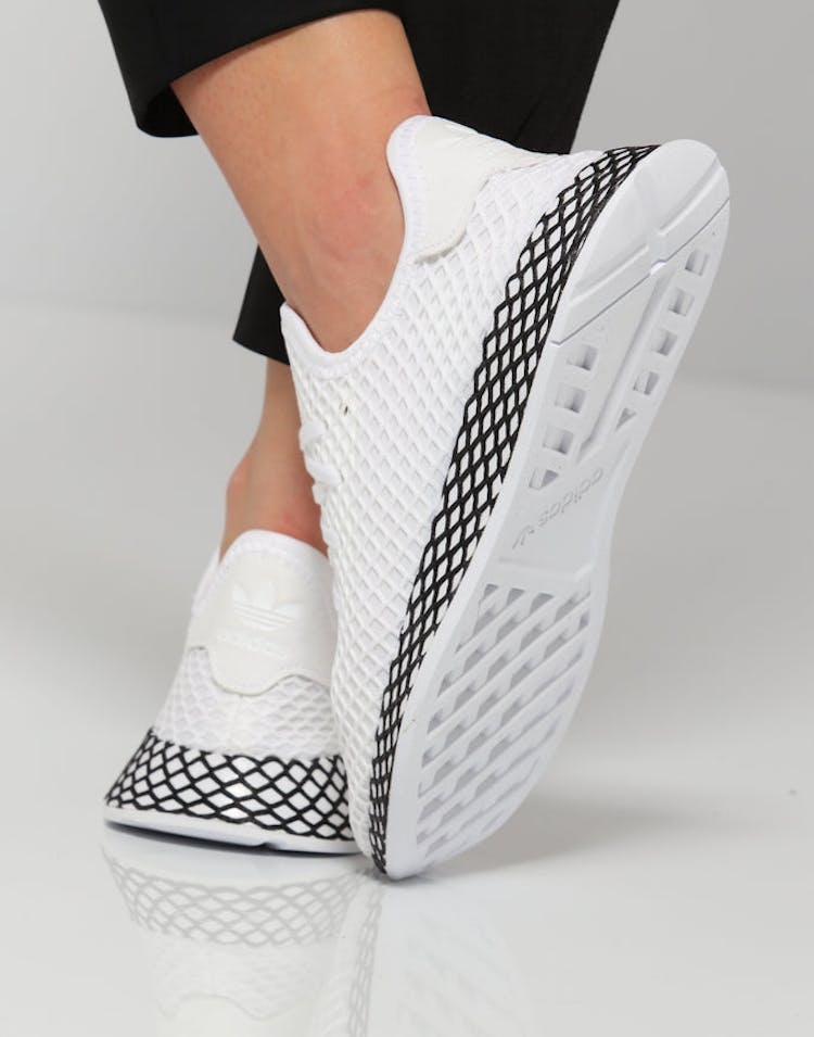 90c4283cf Adidas Deerupt Runner Junior White/Black | AQ1790 – Culture Kings