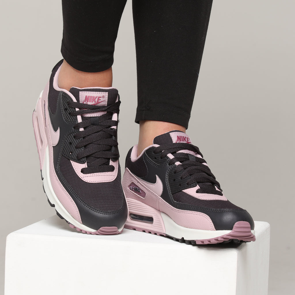 Nike Women's Air Max 90 Dark GreyPlum