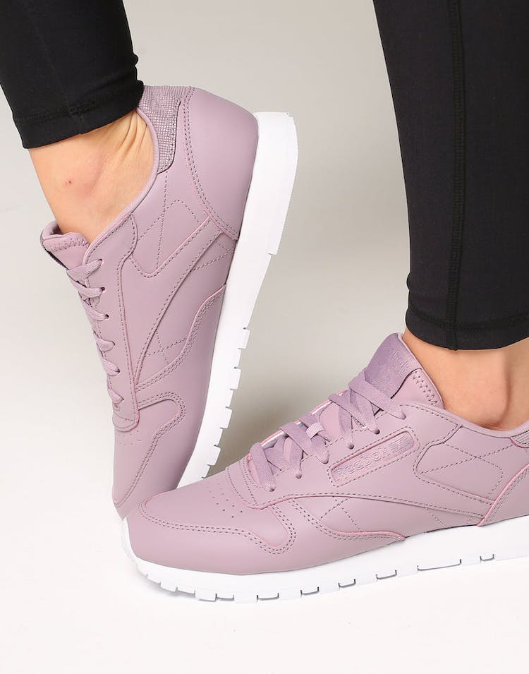 abc01a1abe3b3 Reebok Women s Classic Leather Lilac White – Culture Kings