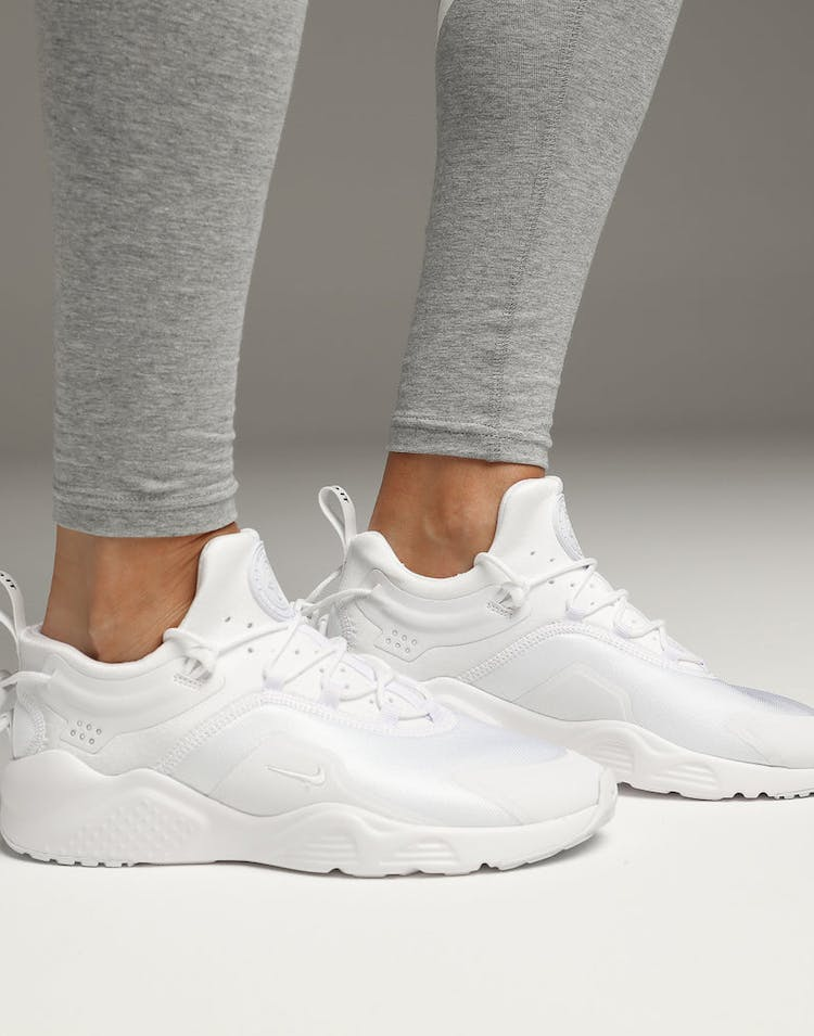 watch c7cab d0ca6 Nike Women s Air Huarache City Move White White Black
