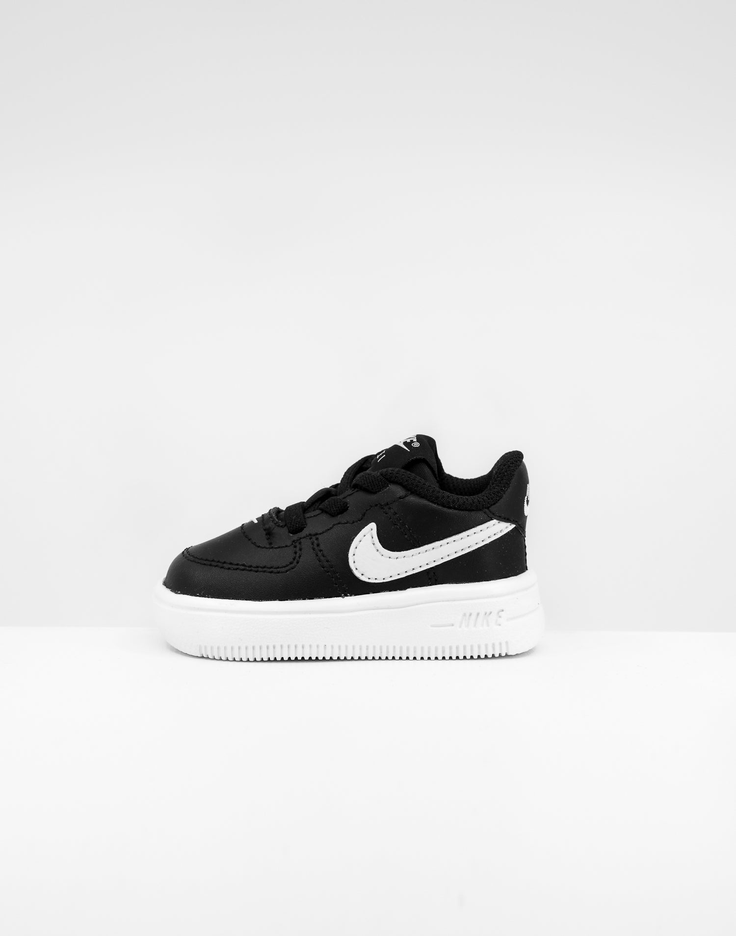 nike air force black logo
