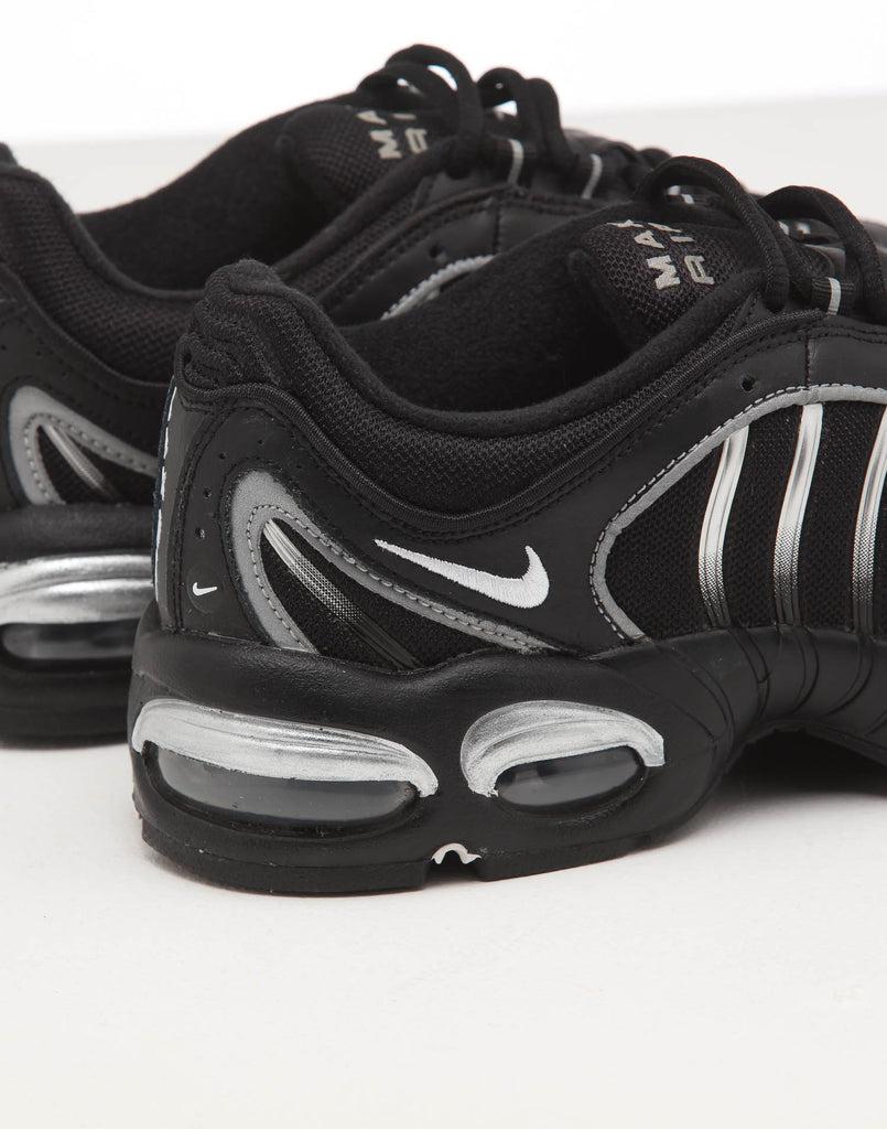 Nike Air Max 1 GreyWhiteGreen – Culture Kings US