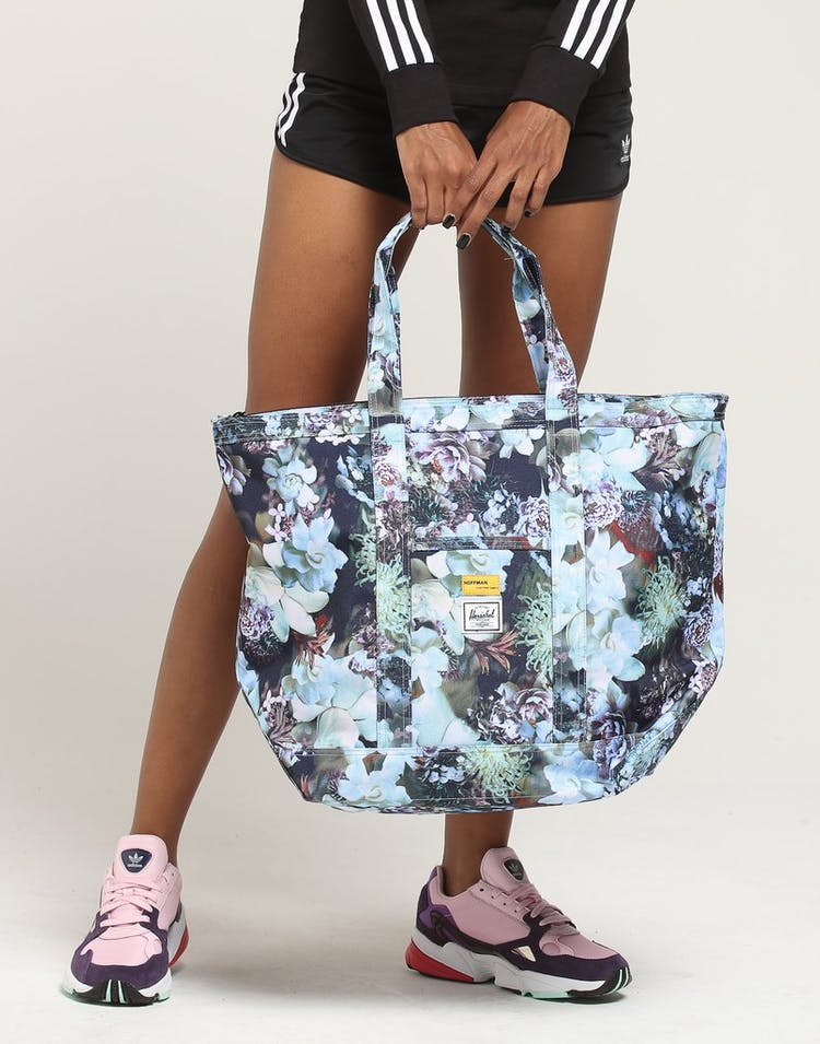 HERSCHEL BAG CO BAMFIELD MID-VOL TOTE Floral