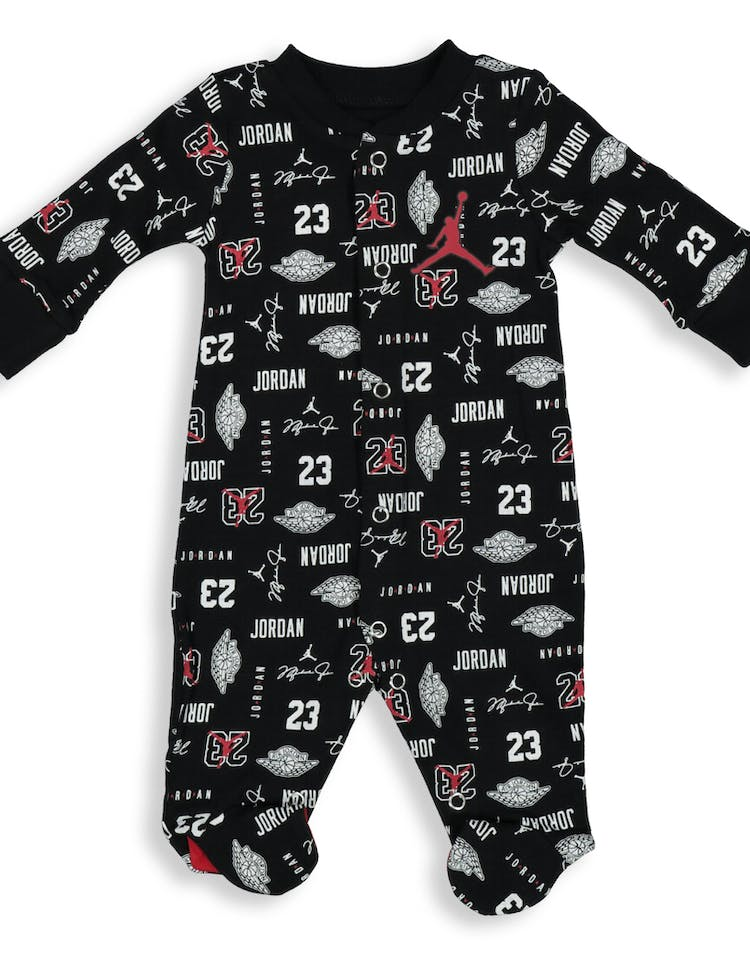 24808758036 Nike Infant JDB MJ All-Over Print Footed Coverall Black – Culture Kings