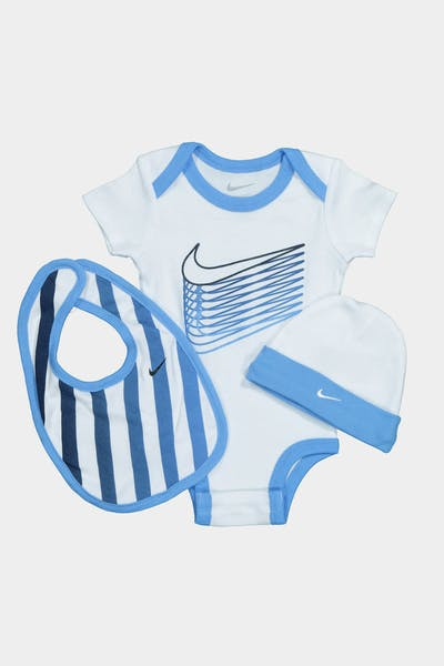 NIKE KIDS MULTI COLOURED SWOOSH 3-PIECE BOX SET UNIVERSITY BLUE