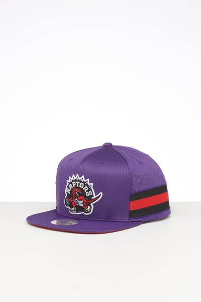 MITCHELL & NESS TORONTO RAPTORS SHORT STACK SNAPBACK PURPLE