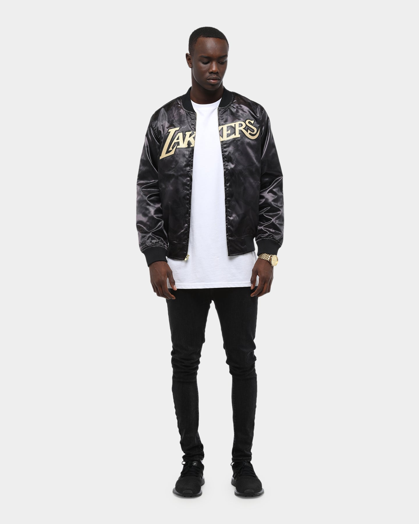 Mitchell & Ness Men's Los Angeles Lakers Gold Toile Satin Jacket Black