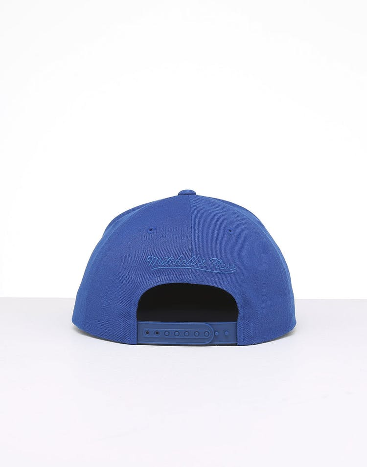 Mitchell & Ness New York Knicks Retro Crown Throwback Snapback Royal
