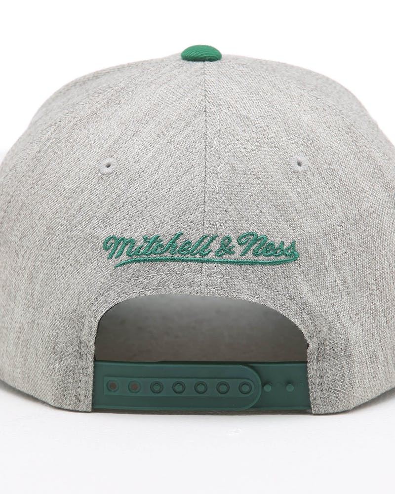 Mitchell & Ness Boston Celtics Teamwork Pinch Snapback Grey/OTC